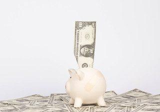 Non solo interessi: quali sono le fondamentali differenze tra conto corrente e conto deposito